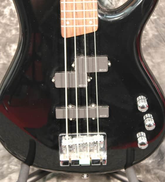 ibanez sr300dx soundgear black bass guitar with emg active reverb. Black Bedroom Furniture Sets. Home Design Ideas