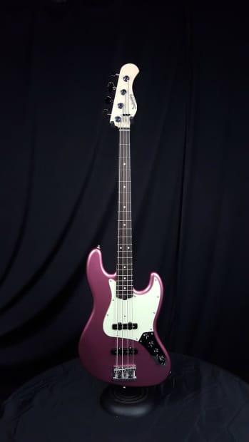 Sadowsky Metro Uv60 4 Ultra Vintage Burgundy Mist Bass
