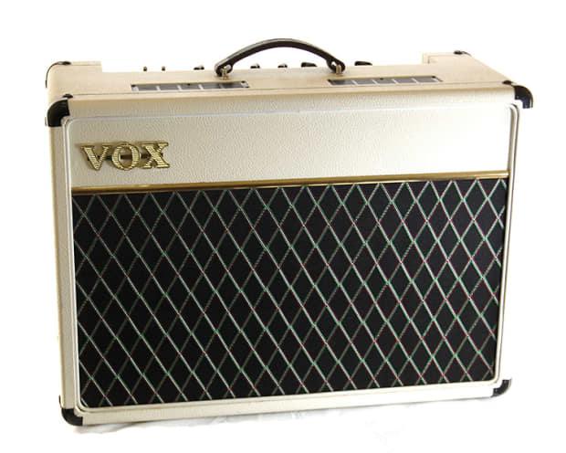 White Guitar Combo Amp : 1997 vox ac15tbx wu limited white tube guitar combo amp reverb ~ Hamham.info Haus und Dekorationen