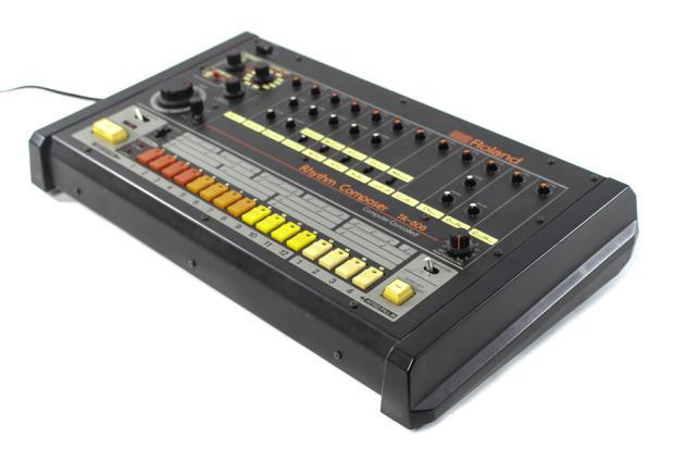 roland tr 808 analog drum machine reverb. Black Bedroom Furniture Sets. Home Design Ideas