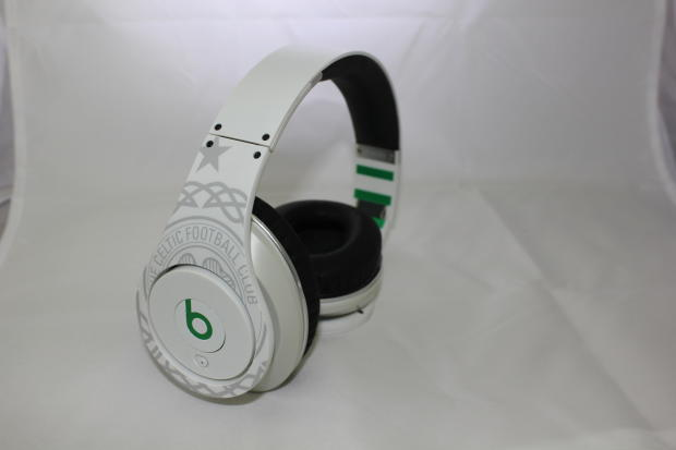 beats by dre beats studio over ear headphone celtic football reverb. Black Bedroom Furniture Sets. Home Design Ideas