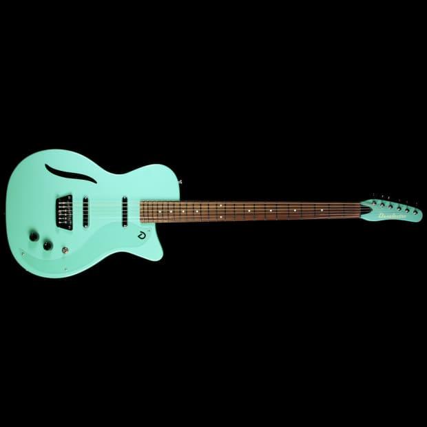 aqua hair dark guitar - photo #27