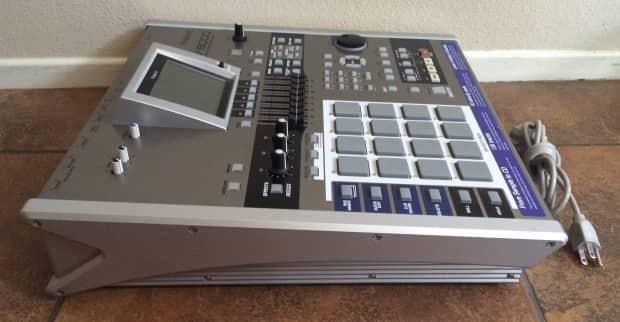 roland mv 8000 production studio sampler drum machine reverb. Black Bedroom Furniture Sets. Home Design Ideas