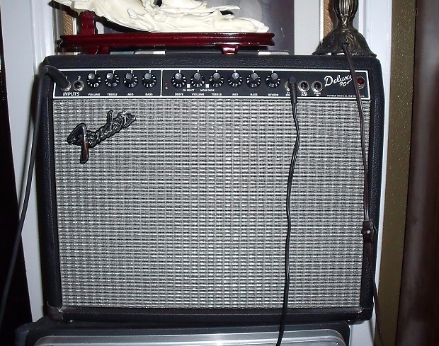 fender deluxe 90 amp 2010 black like new with footswitch reverb. Black Bedroom Furniture Sets. Home Design Ideas