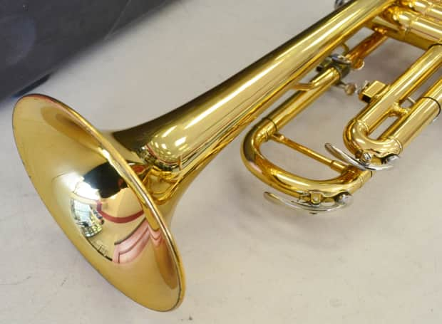 Yamaha advantage ytr 200ad student trumpet with case reverb for Yamaha 7c trumpet mouthpiece