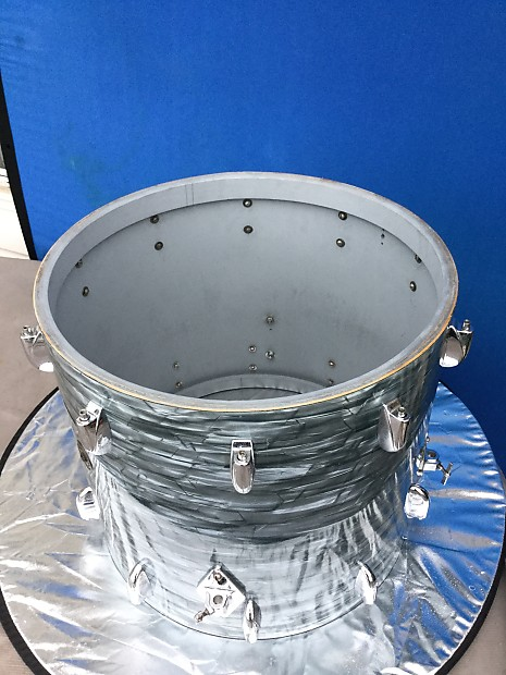 1950 S Gretsch 16 Quot X 18 Quot Bass Drum 3 Ply Round Badge Reverb