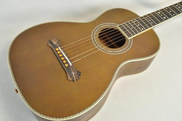 Washburn R314KK Palor Western-Style Guitar w/ Coffin ...