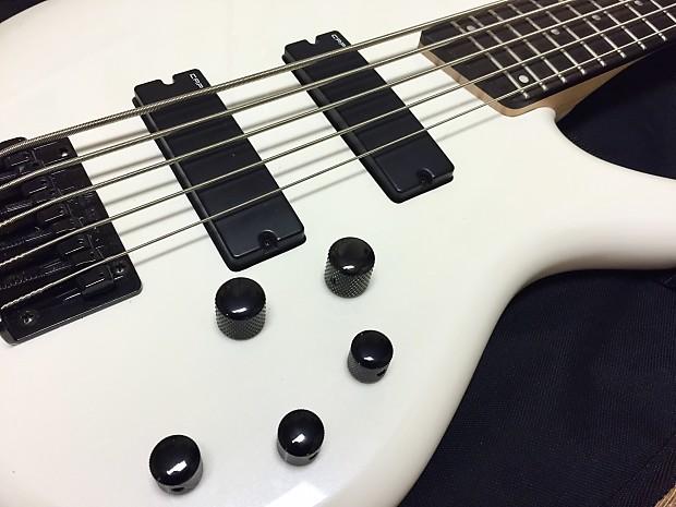 Ibanez Sdgr 5 String : ibanez sdgr soundgear 5 string bass white reverb ~ Vivirlamusica.com Haus und Dekorationen