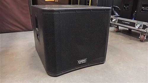 qsc kw181 kw series 1000w 18 powered subwoofer speaker black reverb. Black Bedroom Furniture Sets. Home Design Ideas