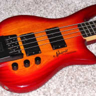 Steinberger Spirit XZ-2 headless 4 strings Bass guitar With EMG Select Pickups. Amazing!