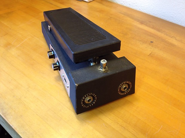 how to build a fuzz pedal