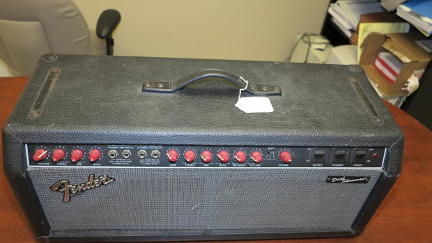 Fender dual Showman red manual on