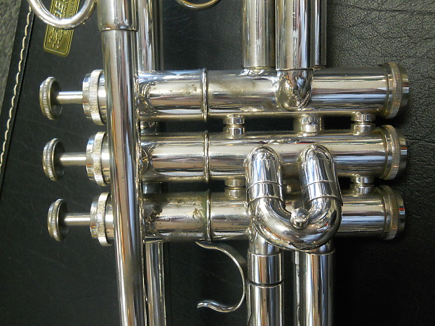 getzen trumpet serial number search go7358