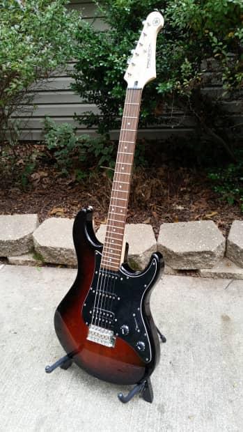 yamaha pacifica 012dlx electric guitar reverb. Black Bedroom Furniture Sets. Home Design Ideas