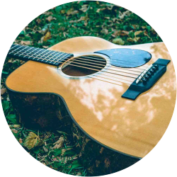 Guitares acoustiques artisanales
