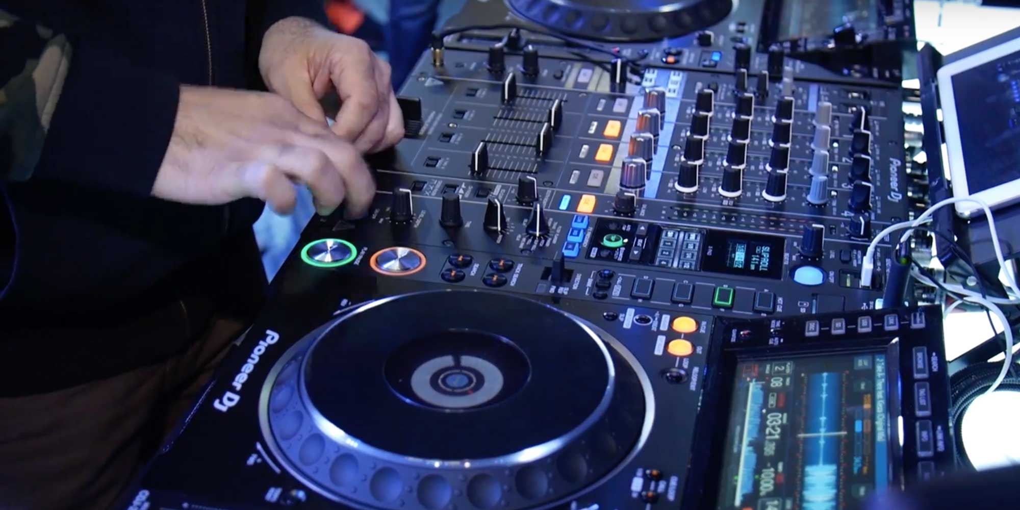 Pioneer introduces the DJM900NX2 and DJM900NXS2