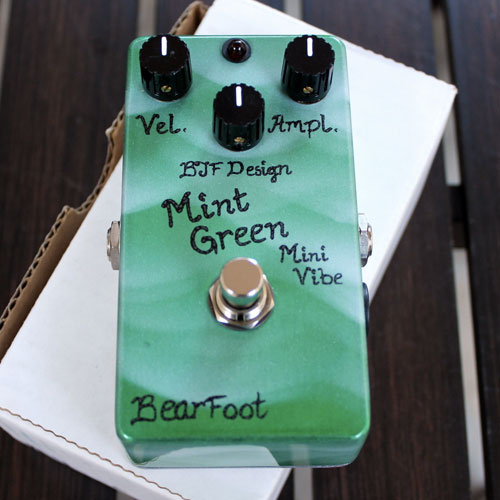 Bearfoot Mint Green Mini Vibe