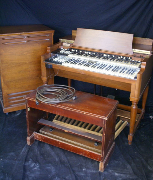 Hammond B3 Organ with Leslie 122