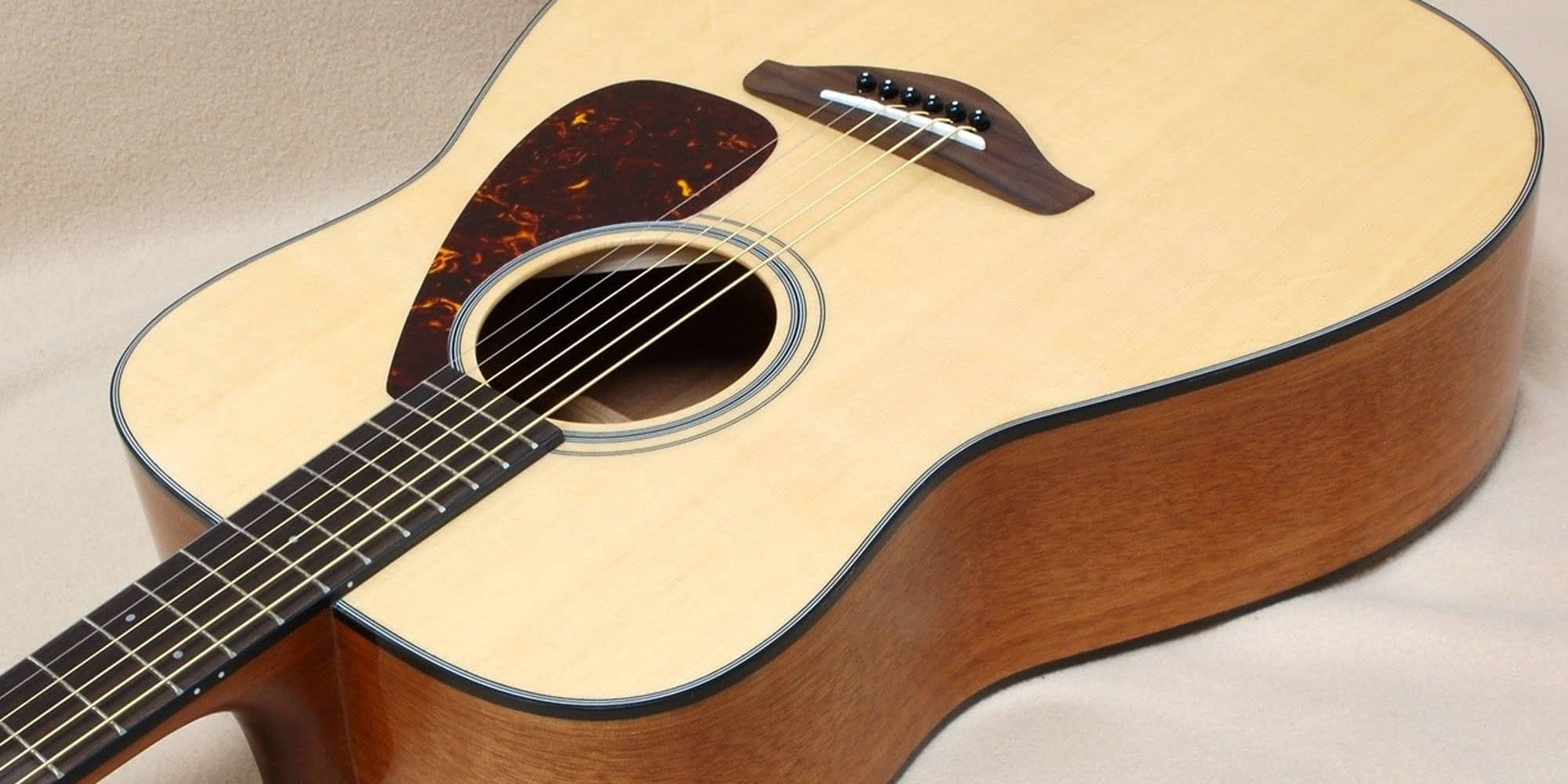 Your First Acoustic Guitar Can Be A Big Purchase With Prices Ranging From Under 100 To Up In The Thousands World Of Acoustics And What Dictates Their