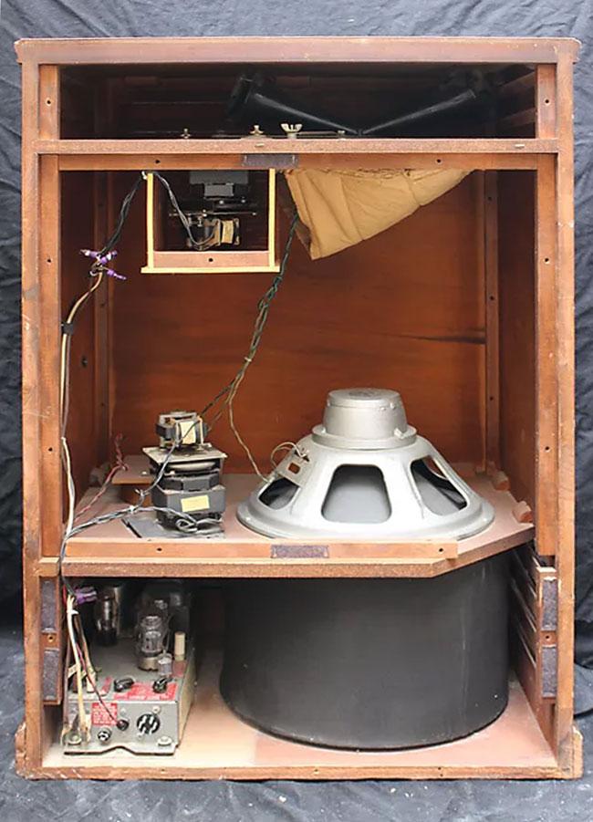Etonnant Inside A 1971 Leslie Speaker Model 147