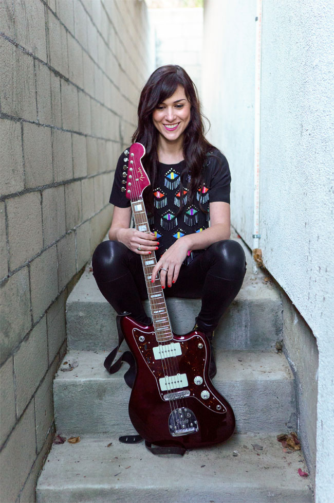 The Pedalboard Sorcery of Sarah Lipstate of Noveller