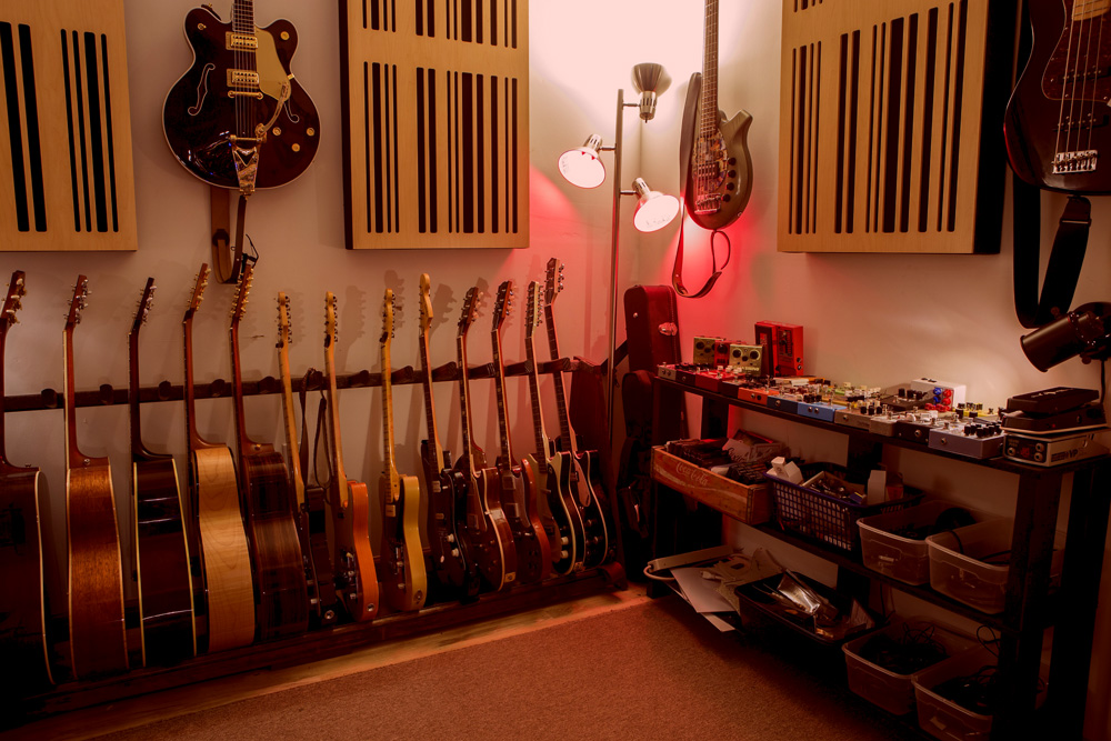 Beau Iso Booth/Guitar Room